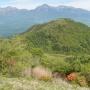 平沢峠駐車場から最短コースで飯盛山へ