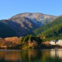 天子山塊と田貫湖、白糸の滝。