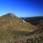 三ヶ上 - 双耳峰の雄美な山容を誇る山